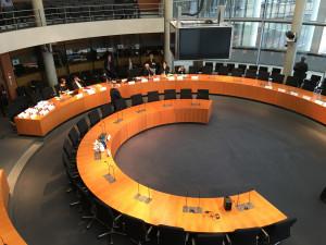 Europasaal vor der Sitzung