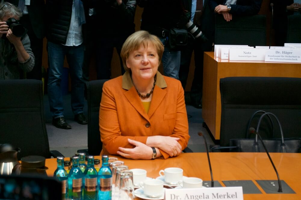 Angela Merkel vor ihrer Vernehmung im Geheimdienst-Untersuchungsausschuss | Foto: Jonas Schönfelder